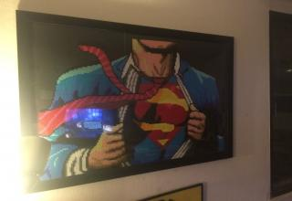 Guy creates an epic portrait of Clark Kent with 20 thousand beads.
